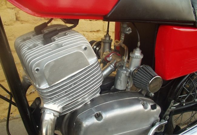 движок мотоцикла